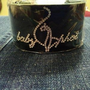 💮4 for $10💮 Costume cuff braclet.
